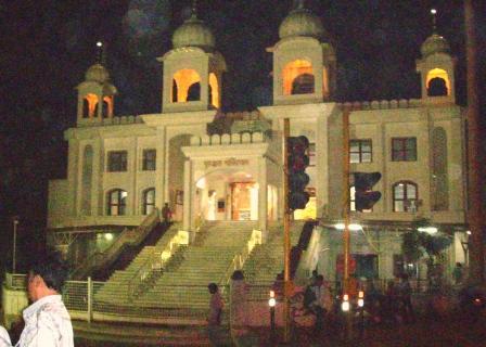 the-thaltej-gurdwara1