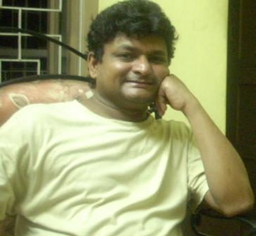 Sumit Samadder lyricist of Abhilasha, writer of Bhabtey Badha Nei